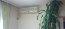 施工後 エアコン付近天井・壁貼替工事