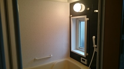 施工後 浴室シート貼