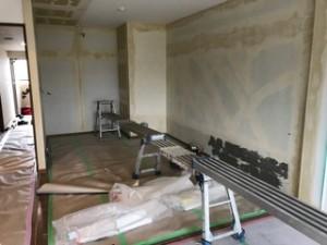 施工中 和室押入畳撤去床、壁、天井剥がし