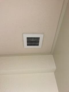 施工後 トイレ 換気扇交換工事