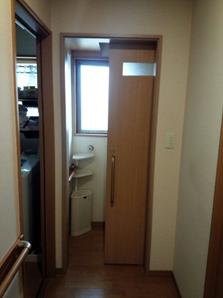 トイレ建具 施工後