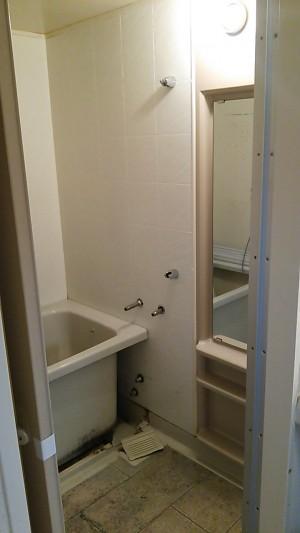 浴室 施工前