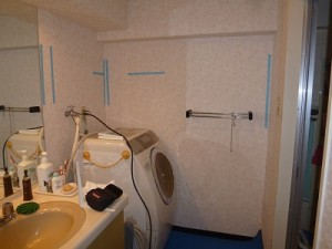 洗面所壁面施工前