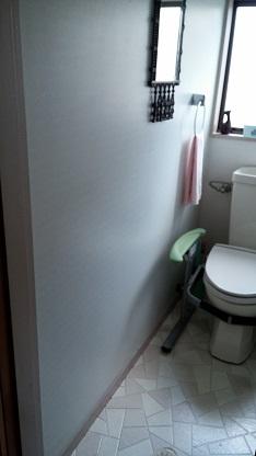 施工前 トイレ 入って左