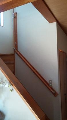施工後 階段壁側手摺取付