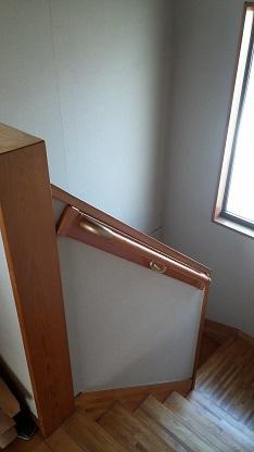 施工後 階段手すり取付