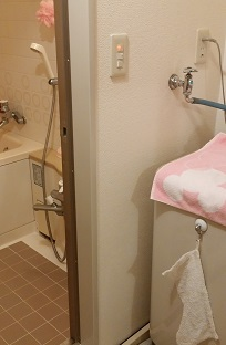 バリアフリー 施工前 浴室入口