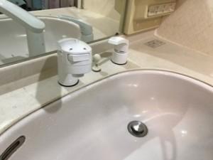 施工後 洗面化粧台水栓金具交換