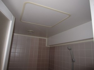 マンションリフォーム施工前 浴室