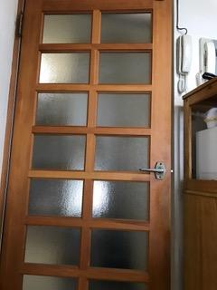 マンションリフォーム施工前 ドア全体