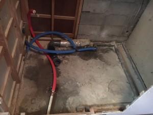リフォーム施工中 排水配管設置