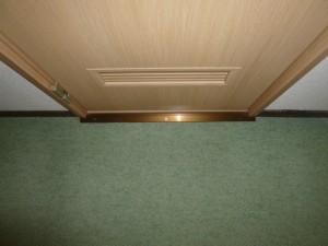 施工後 入口新ドア