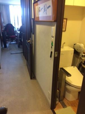 施工前 トイレ脇廊下