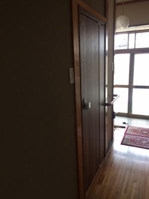 施工前 脱衣室扉 閉めている状態