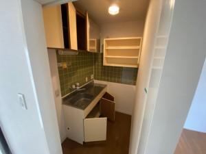 キッチン・洗濯機置き場施工前