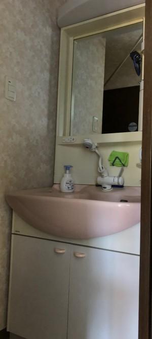 マンションの水廻りリフォーム 洗面化粧台施工前