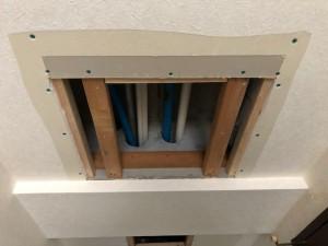 施工中 給水給湯配管引き込み
