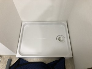 壁紙・洗濯機パン交換 施工後